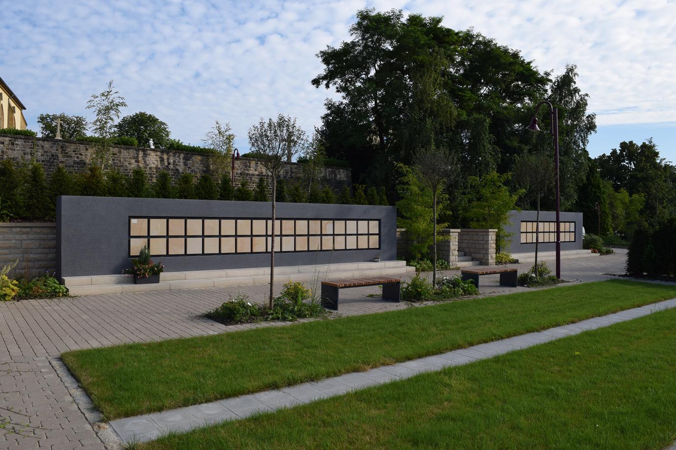 Urnenwand Kolumbarium K2 Friedhof Senningen Urnenwandmanufaktur Neher+Partner